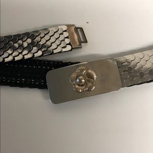 Silver & stretchy belt